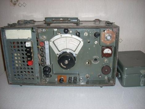 Тот самый трансивер UA1DZ, который с 2015 г. находится в Музее (на Почтампской - RV1AQ)