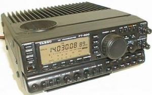 Yaesu FT-900