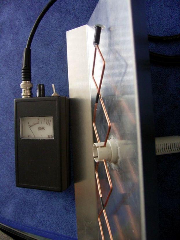 Стойки убрали, расстояние между элементами (отражатель - провод) уменьшили.