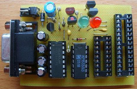Универсальный программатор PIC-контроллеров.